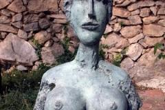 05-mentor-sculptures1